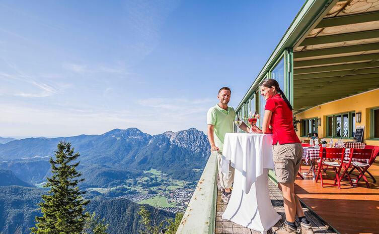 Auf der Terrasse des Bergrestaurants Predigtstuhl