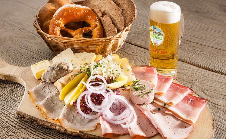 Brauereigasthof Buergerbraeu Brotzeit