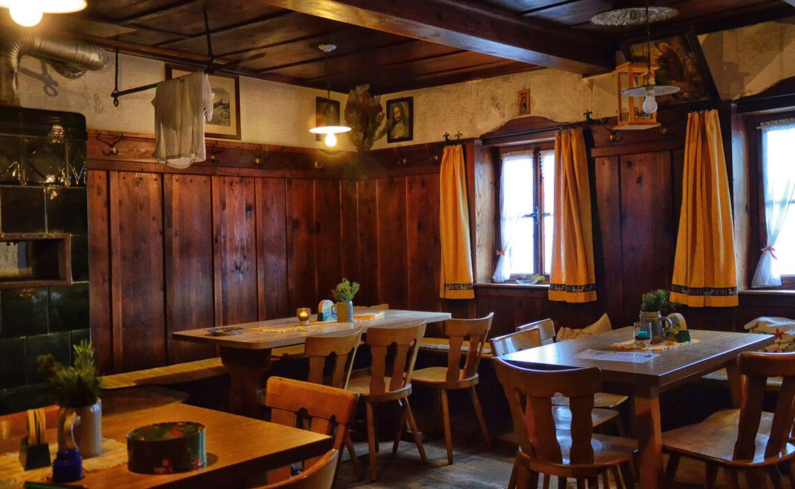 Gaststube Zwieselalm Bad Reichenhall Alpenstadt