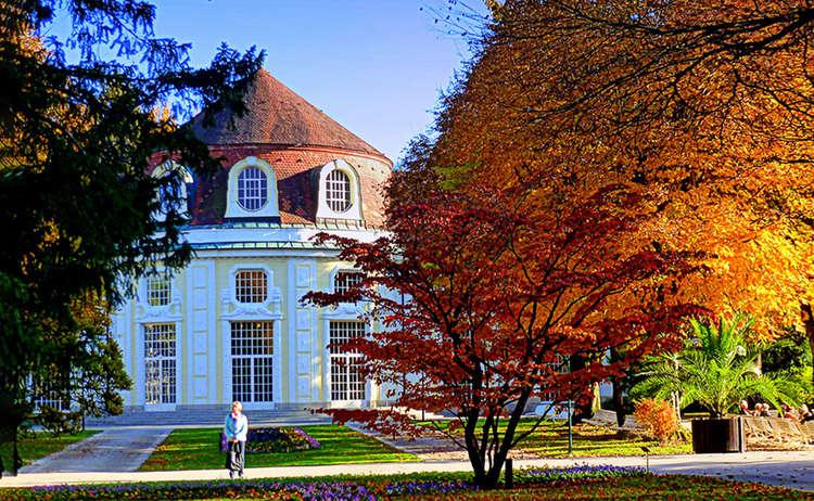 Herbst In Der Alpenstadt Konzertrodtunde