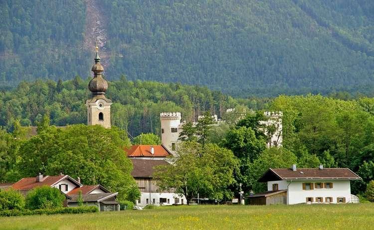 Kirche Und Schloss Marzoll