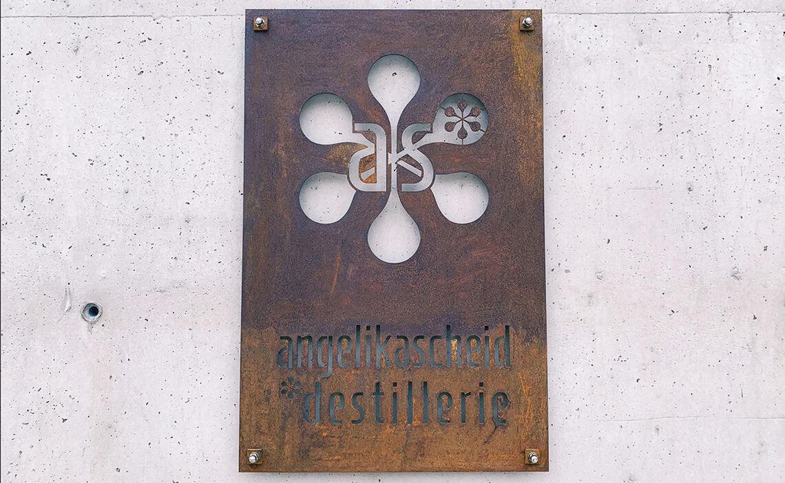 Angelika Scheid Destillerie