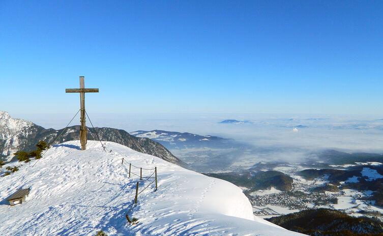 Gipfelkreuz Hochschlegel im Winter