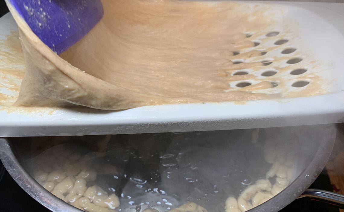 Teig für Käsespätzle