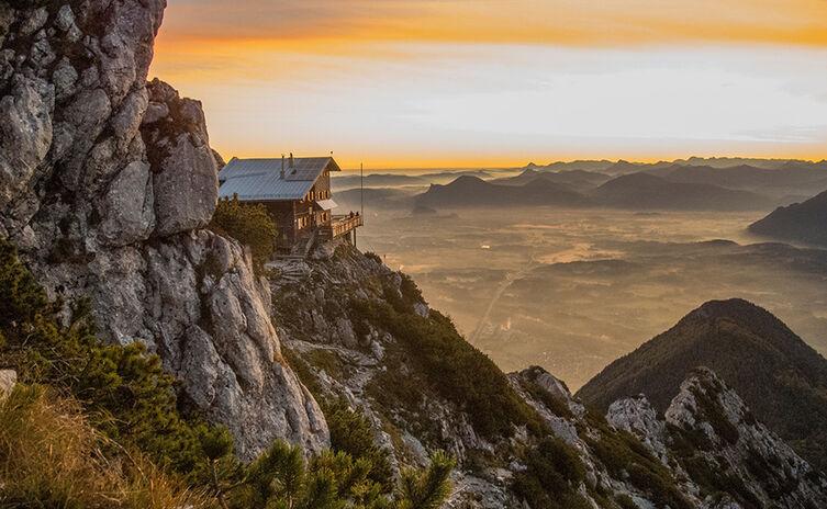 Wandern Reichenhaller Haus Hochstaufen Berghuette